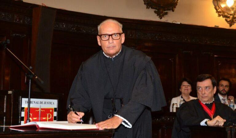 As robinsonadas do Direito Penal:  glosas críticas marginais aos juízes fartos